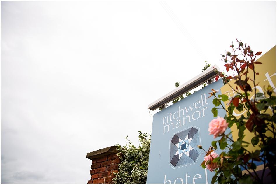 titchwell-manor-wedding-photography_001