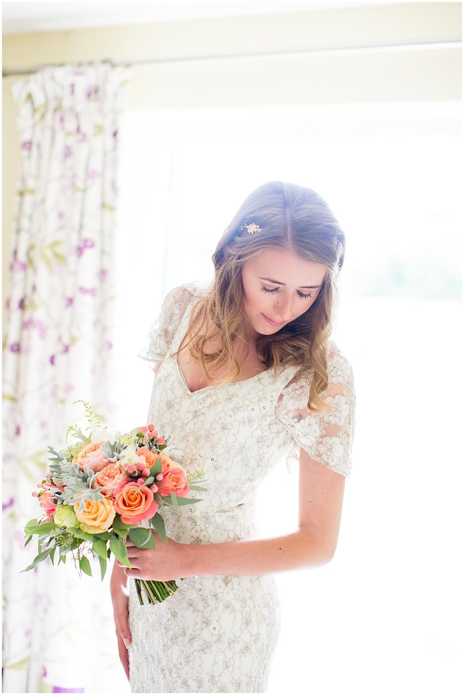 titchwell-manor-wedding-photography_019