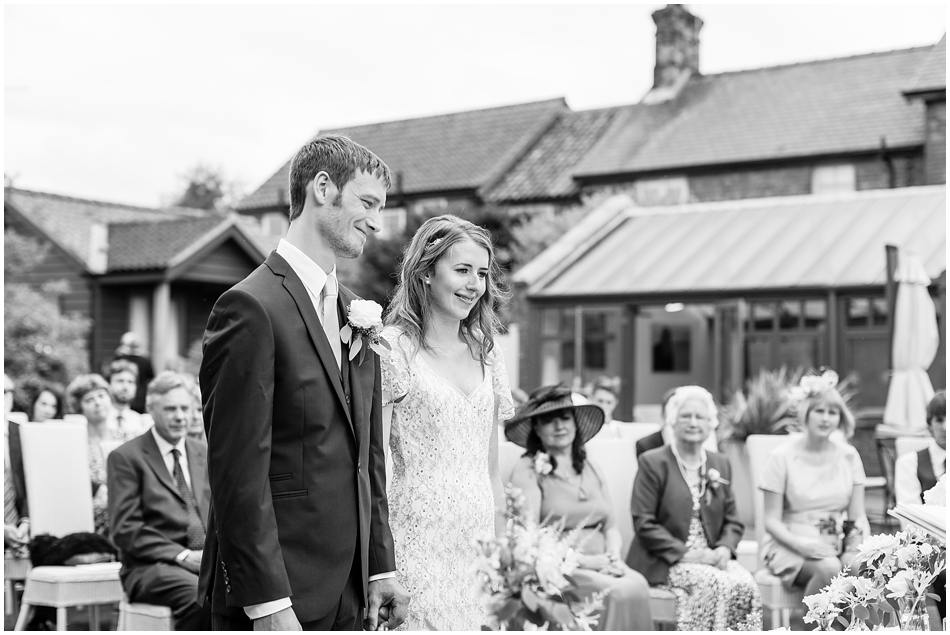 titchwell-manor-wedding-photography_024