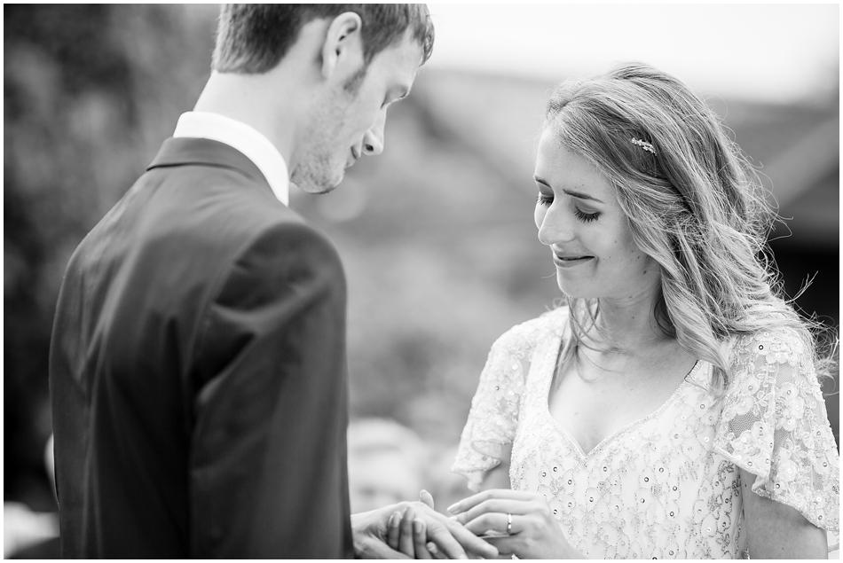 titchwell-manor-wedding-photography_025