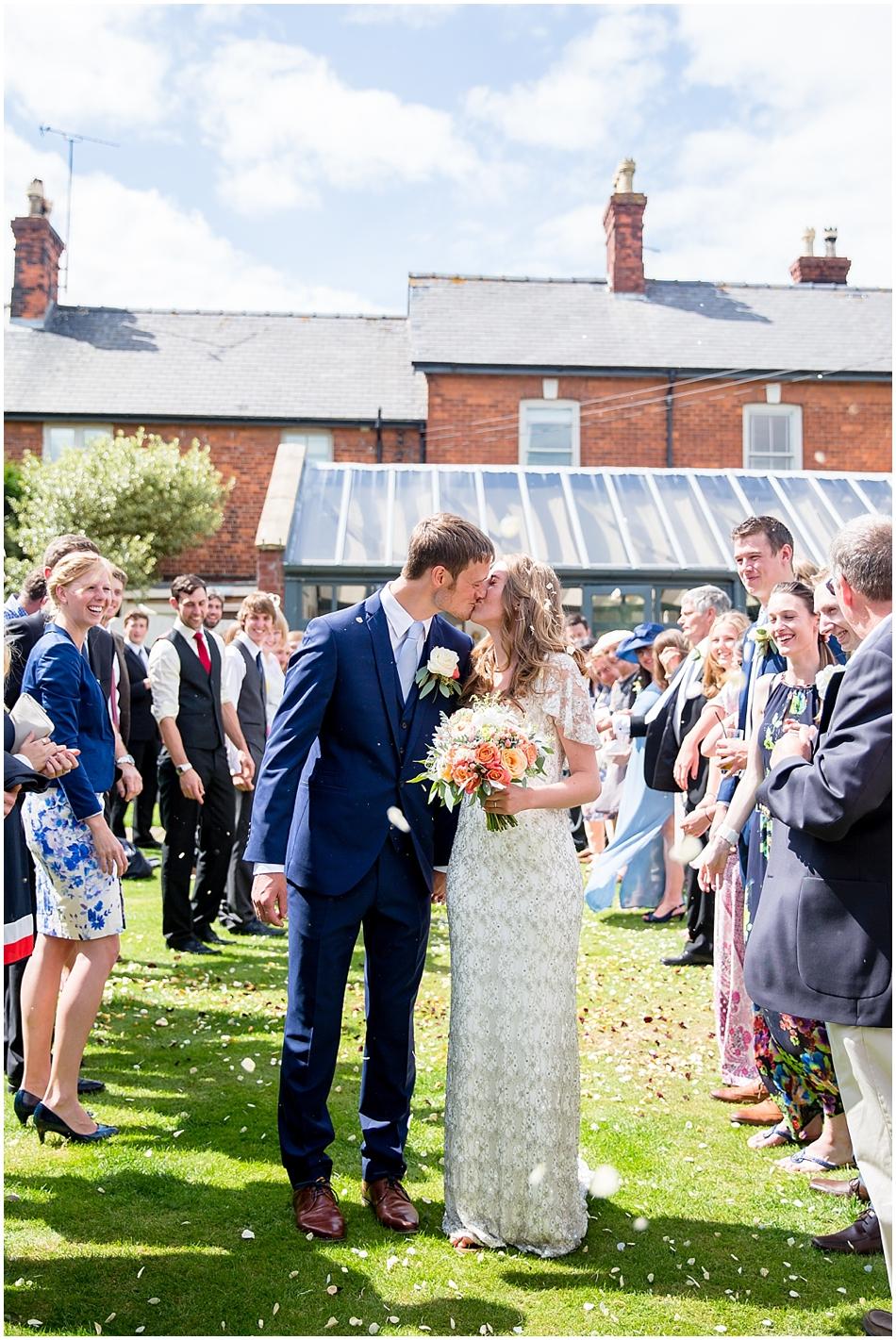 titchwell-manor-wedding-photography_029