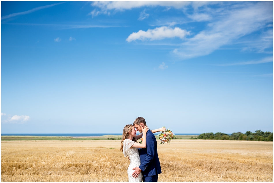 titchwell-manor-wedding-photography_038