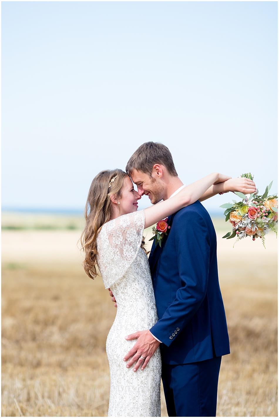 titchwell-manor-wedding-photography_039
