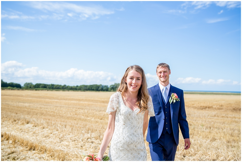 titchwell-manor-wedding-photography_041