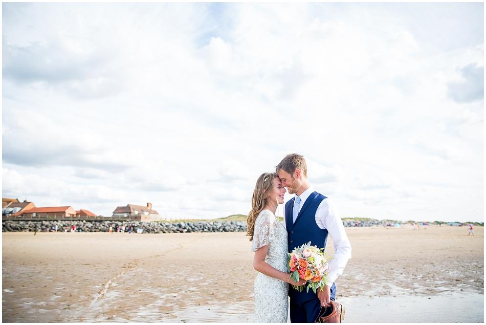 titchwell-manor-wedding-photography_057