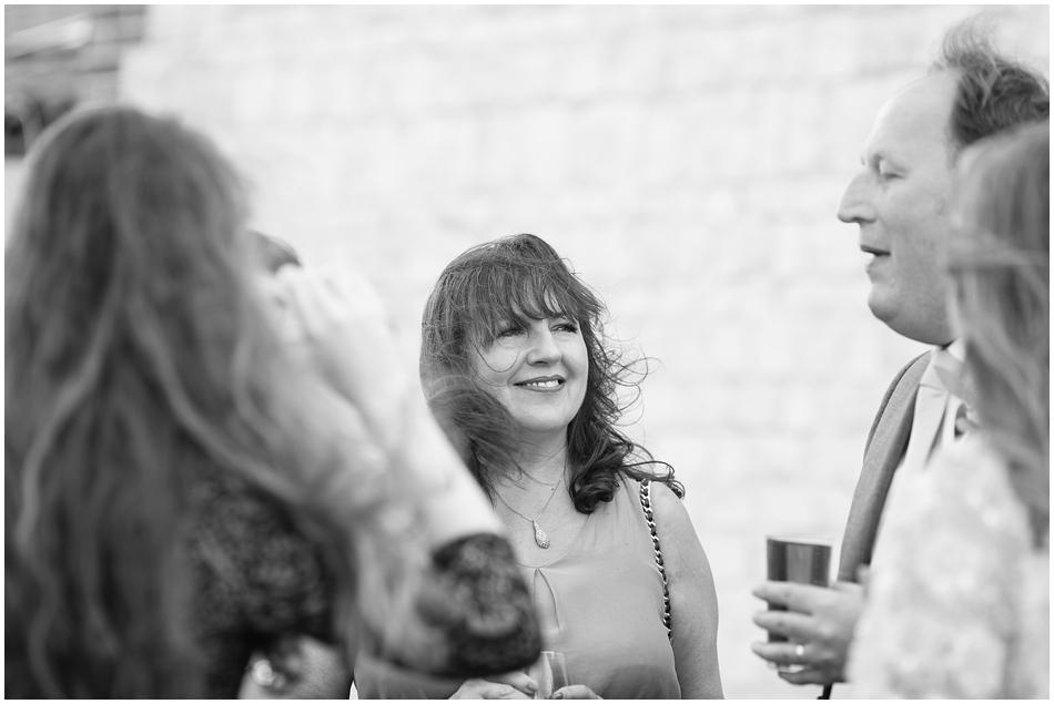 titchwell-manor-wedding-photography_072