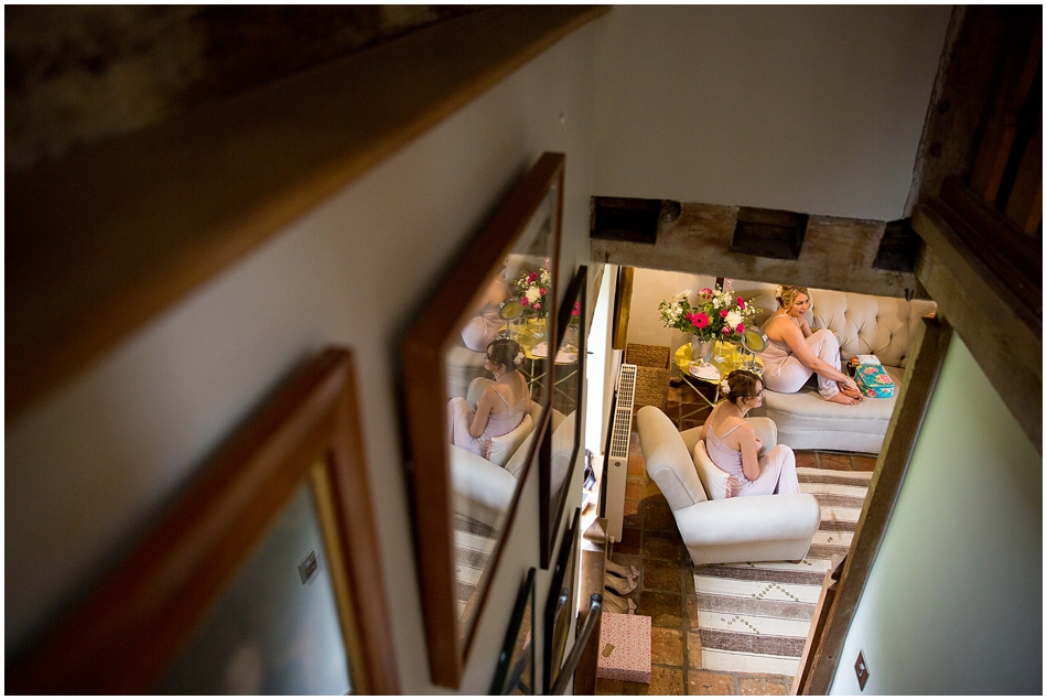 hales-hall-barn-wedding_011