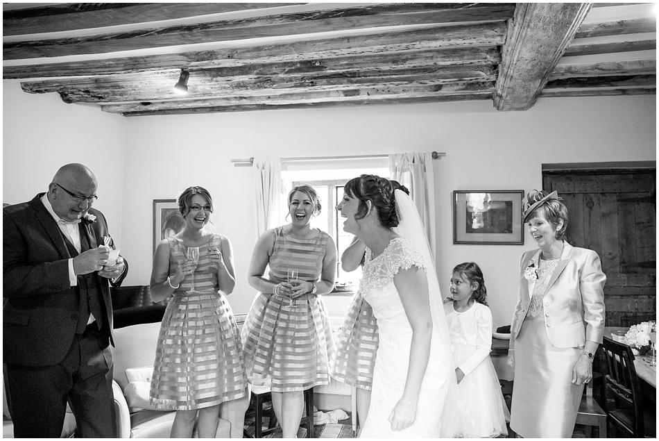 hales-hall-barn-wedding_027