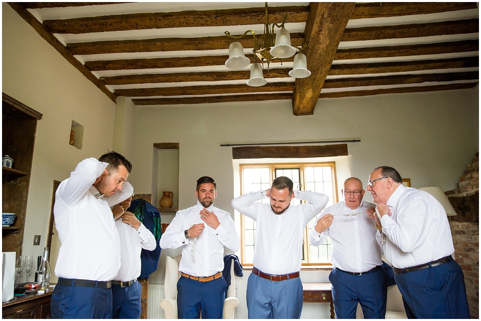 hales-hall-barn-wedding_033
