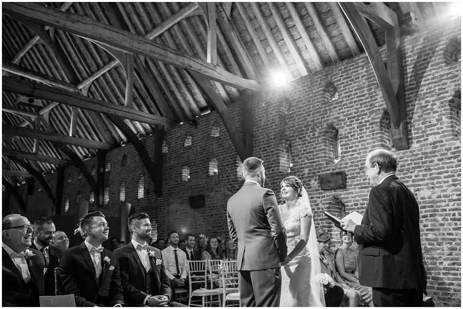 hales-hall-barn-wedding_044