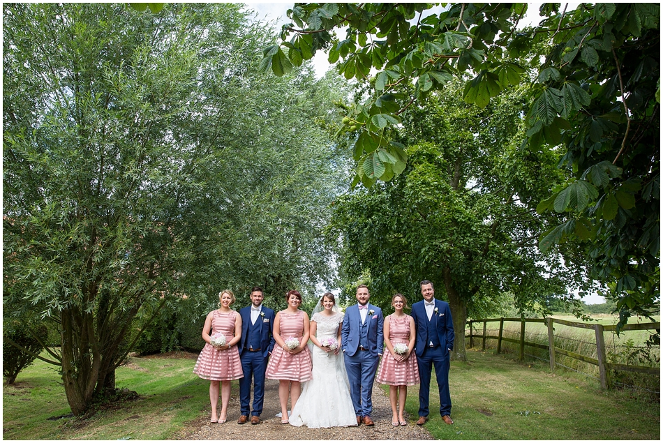 hales-hall-barn-wedding_064
