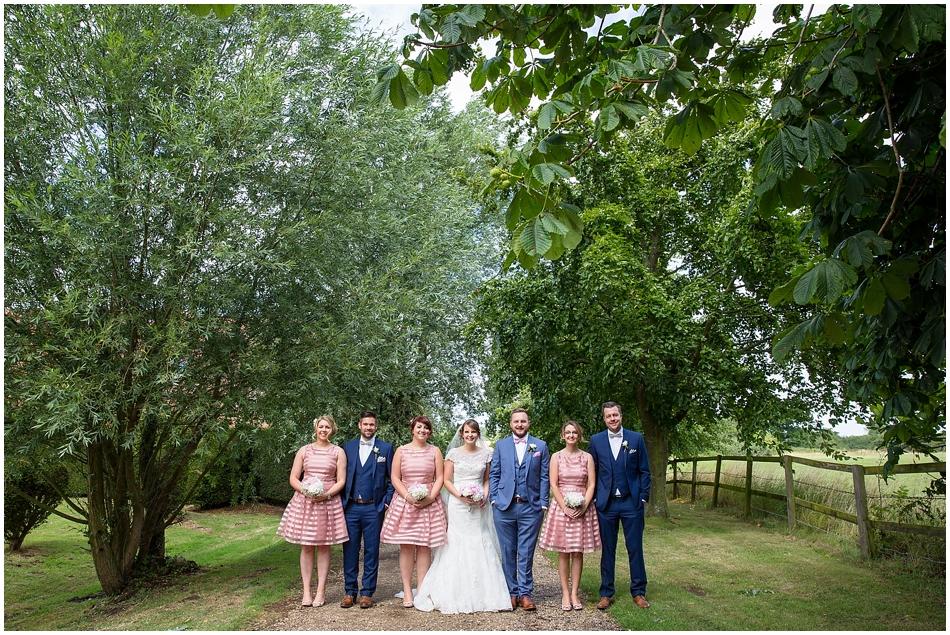 hales-hall-barn-wedding_064