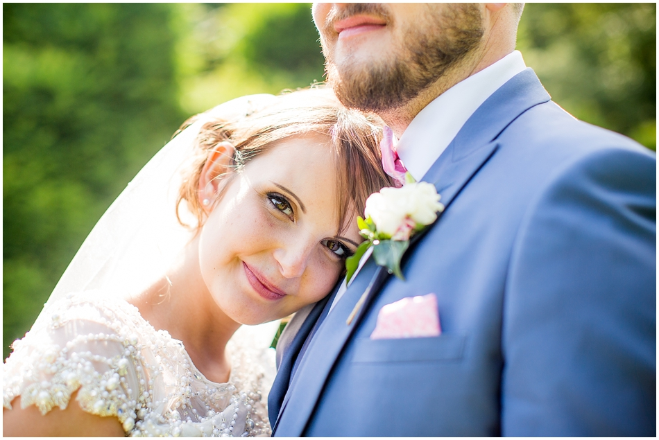 hales-hall-barn-wedding_072
