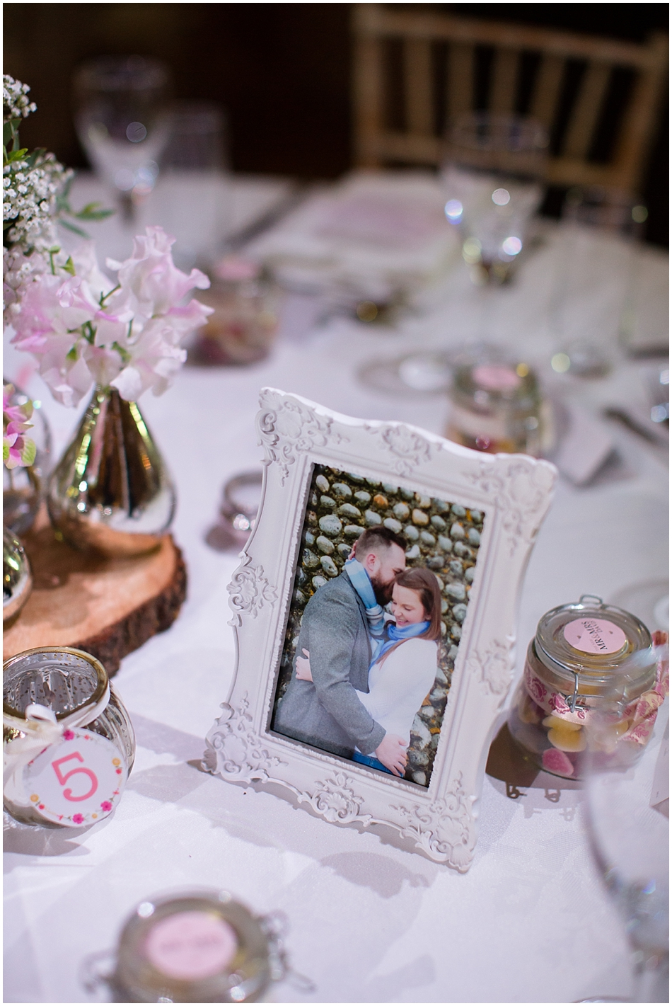 hales-hall-barn-wedding_076
