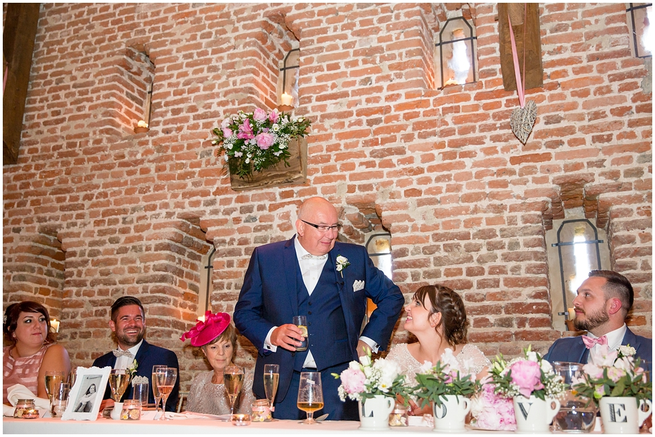 hales-hall-barn-wedding_080