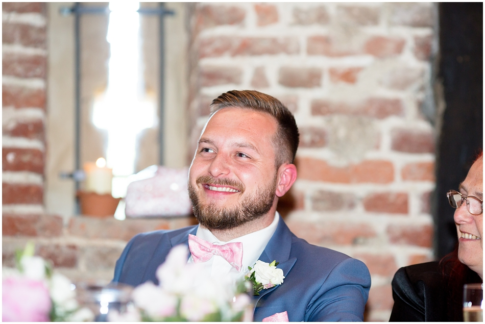 hales-hall-barn-wedding_086