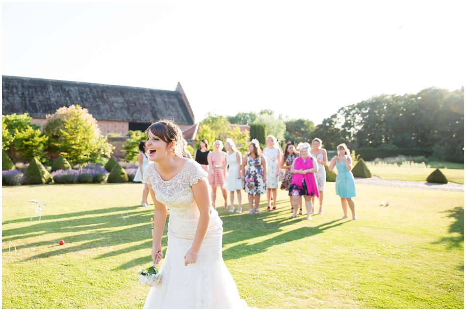 hales-hall-barn-wedding_087