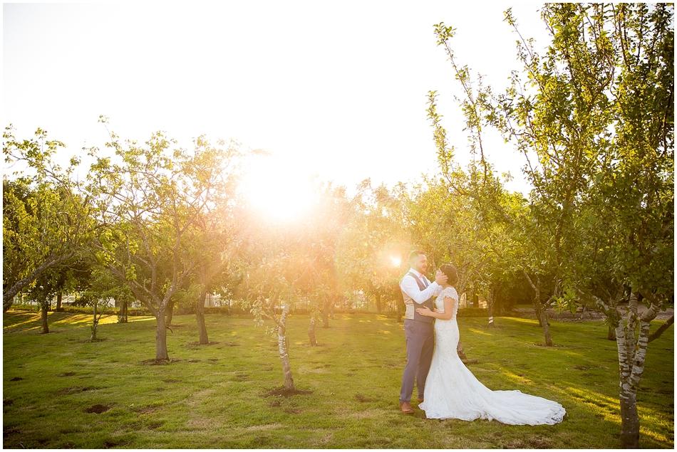hales-hall-barn-wedding_090