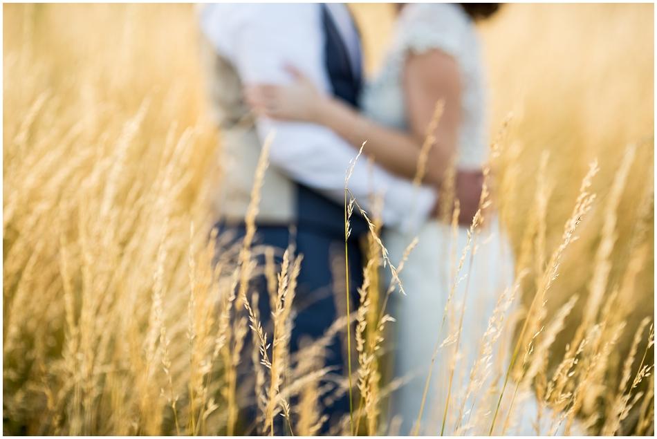 hales-hall-barn-wedding_093