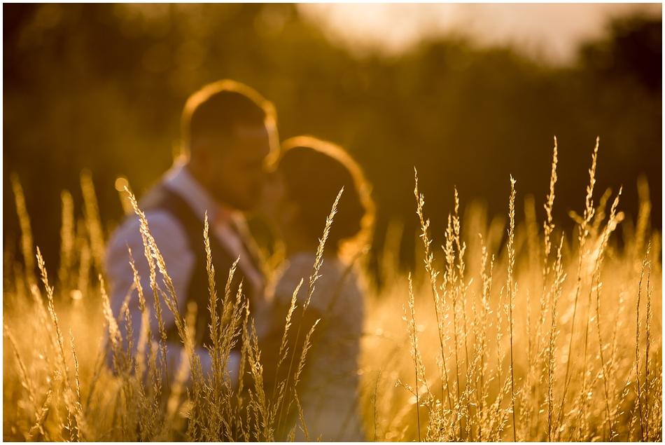 hales-hall-barn-wedding_094