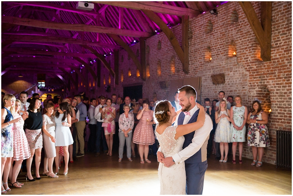 hales-hall-barn-wedding_099