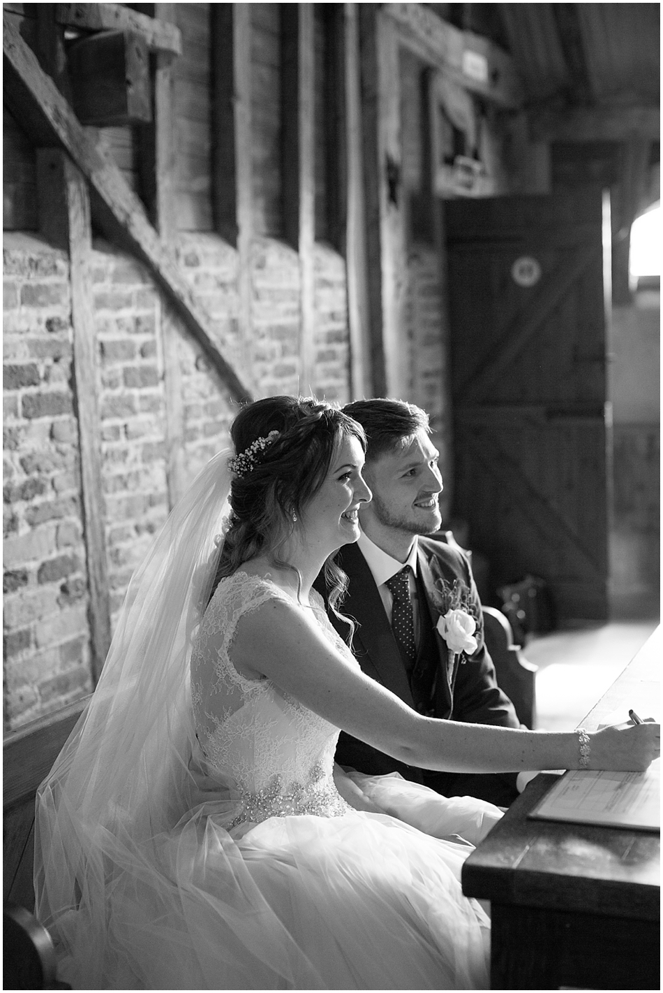 the-red-barn-wedding-photography_039