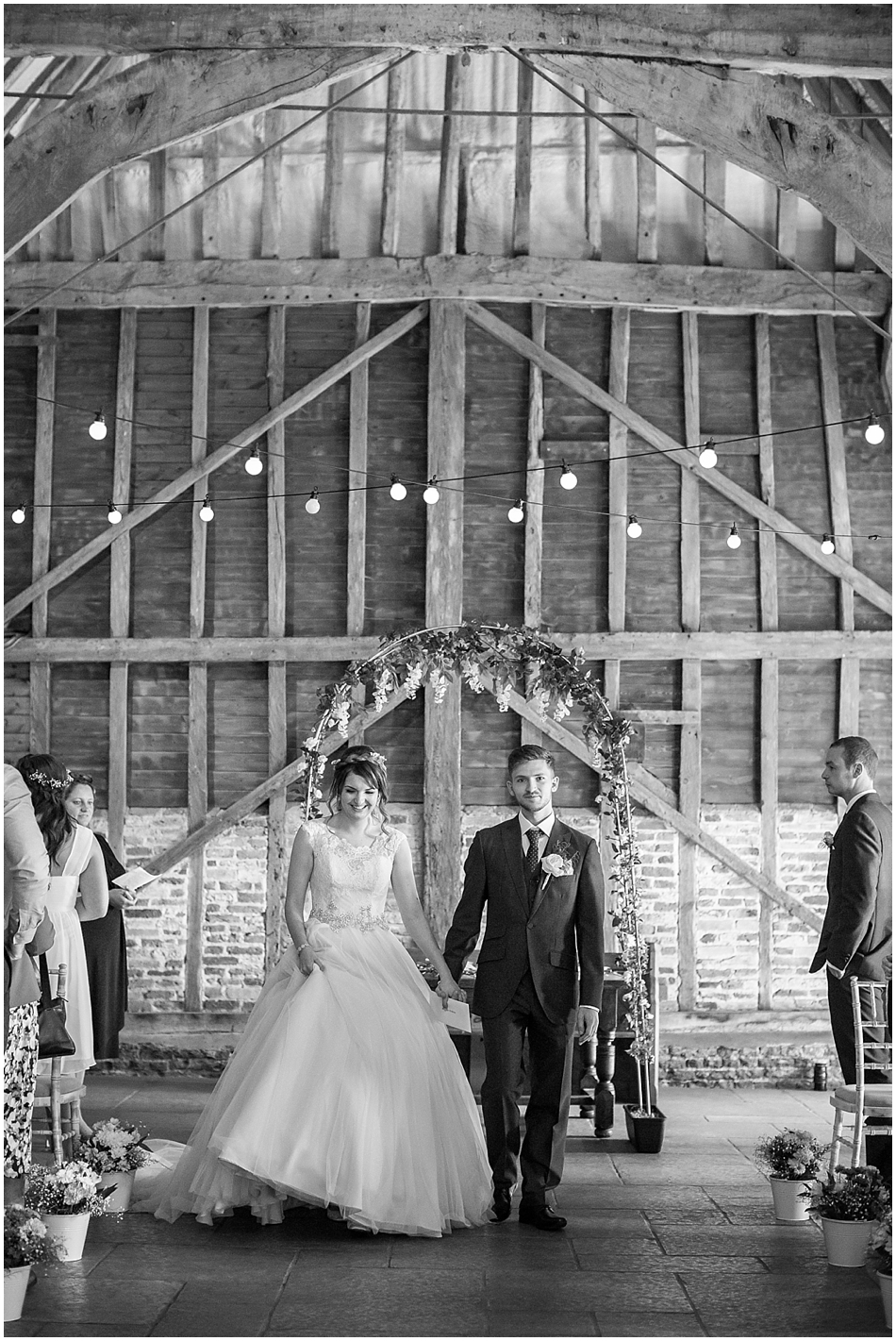 the-red-barn-wedding-photography_041