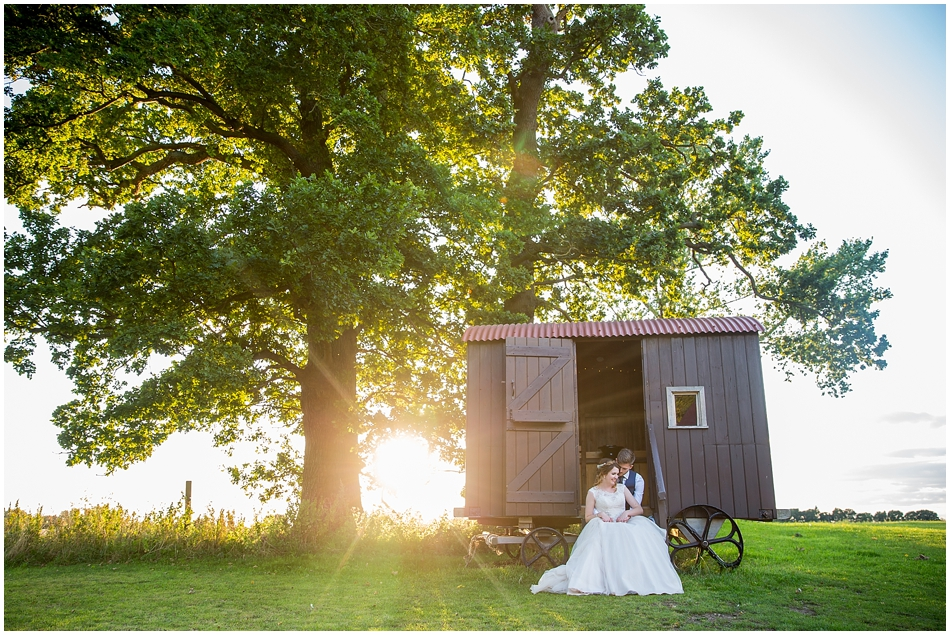 the-red-barn-wedding-photography_079