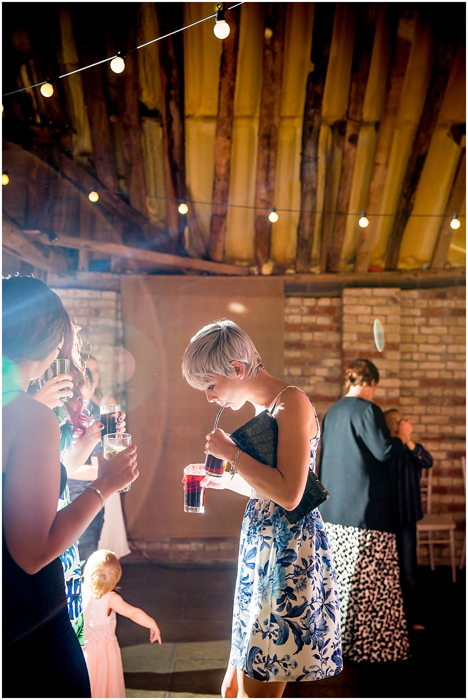 the-red-barn-wedding-photography_101